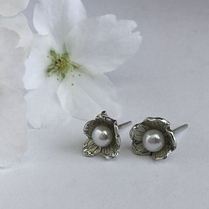 Dainty Flower Pearl Stud Earrings - Sterling Silver