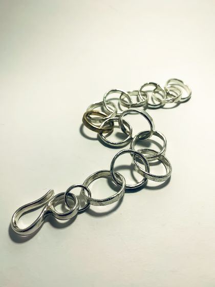 Heavy Organic Circle Chain Bracelet