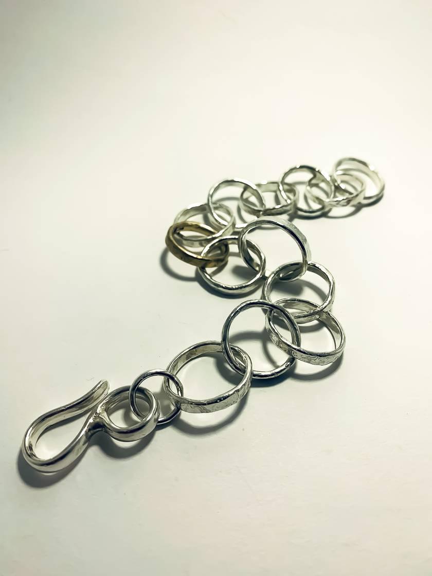 Heavy Organic Circle Chain Bracelet