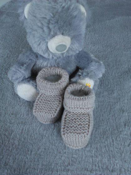 100% Merino Hand Knitted Booties 0-3 Months Oatmeal