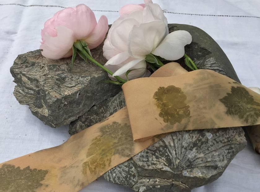 3m plant-dyed silk ribbon - Leaf-printed