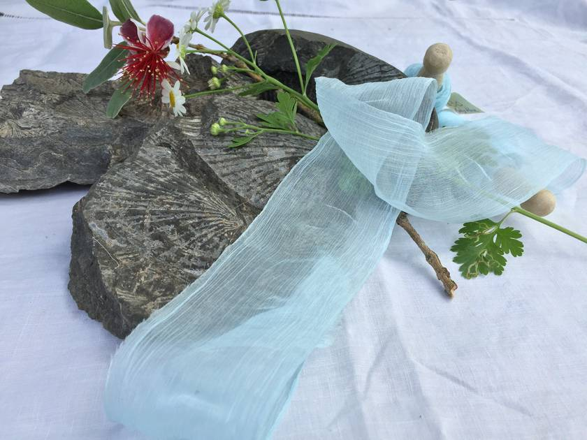 Plant-dyed silk ribbon 3m - Baby Blue
