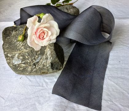 Plant-dyed silk ribbon 3m - Slate