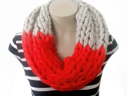Red & Grey Chunky Infinity Scarf