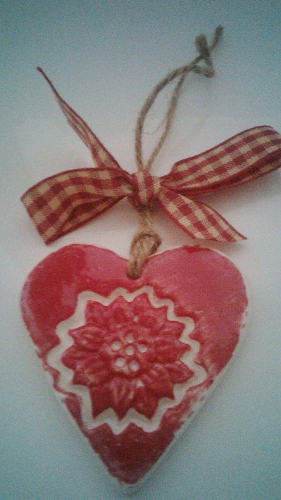 red sunflower ceramic love heart small felt. Black Bedroom Furniture Sets. Home Design Ideas