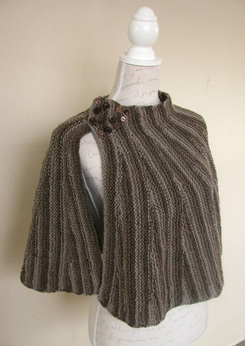 Knitted Capelet in Shades of Brown