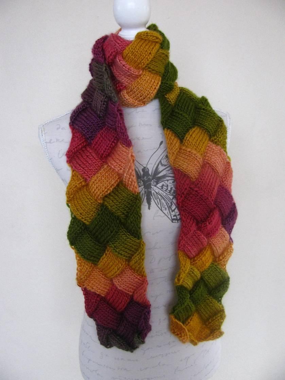 Autumn blossom entrelac scarf