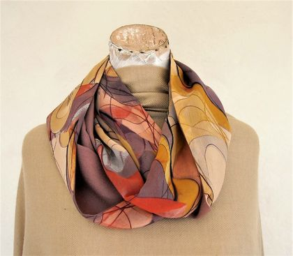 Infinity scarf in mauves