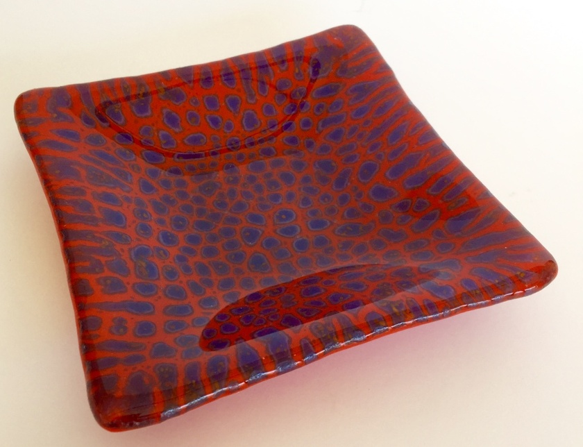 Red and Blue Jungle Dish