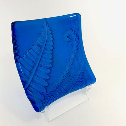 Blue Textured Fern Dish