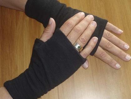 reversible New Zealand merino gloves