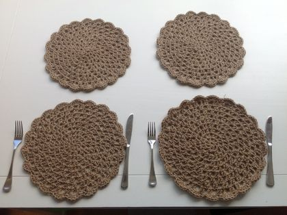 Jute crochet table mats