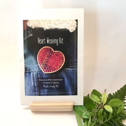 Heart Weaving Kit - Make a Brooch or Hanging Decoration