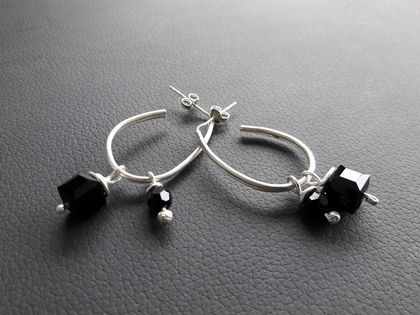 Drop earrings with black swarovski