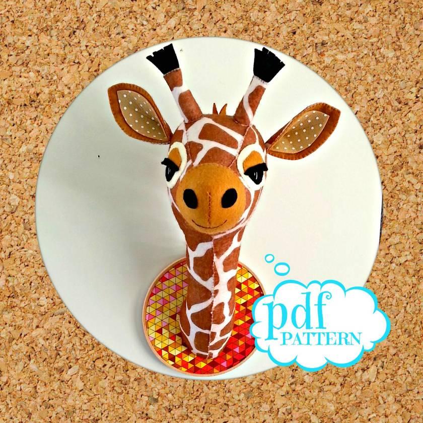 Faux taxidermy pattern. Giraffe head. Gladys the Giraffe pdf sewing pattern. Felt safari creature.