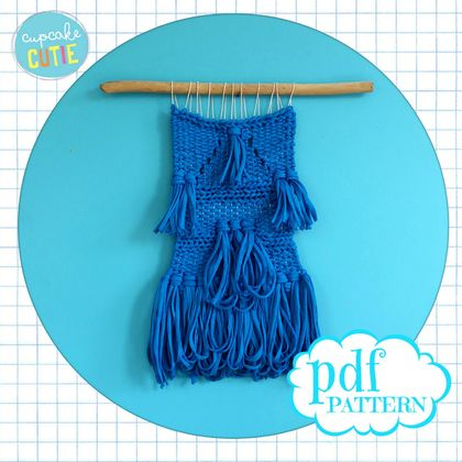 How to weave pattern. Beginners weaving pdf pattern. DIY modern woven wall hanging. Step by step one colour pattern. Learn to weave.