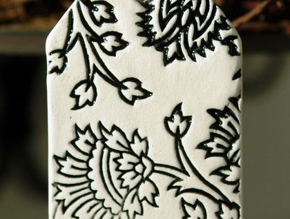 Ceramic Gift Tag - Thistle, Black