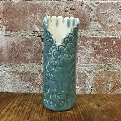 Porcelain Tatting wrap vase