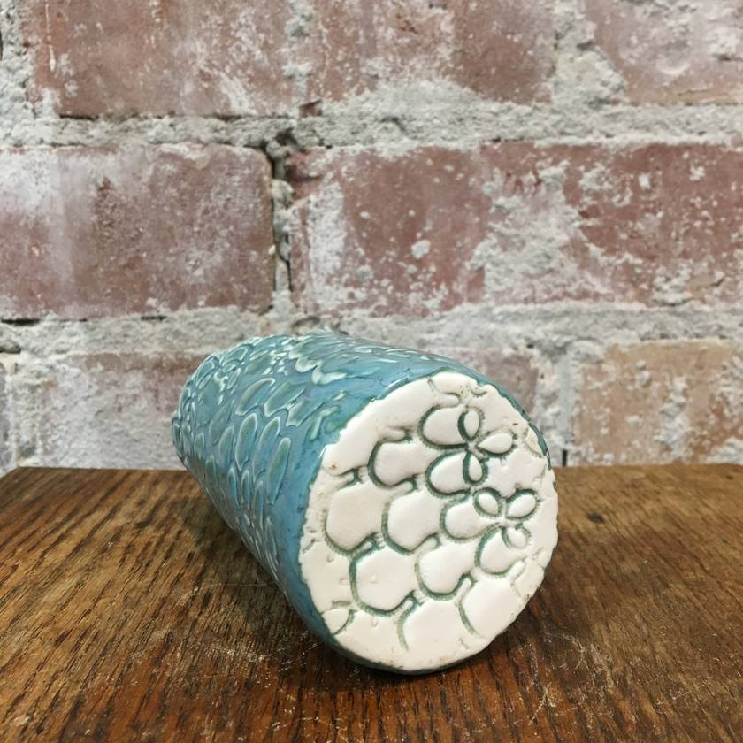 Porcelain Tatting wrap vase
