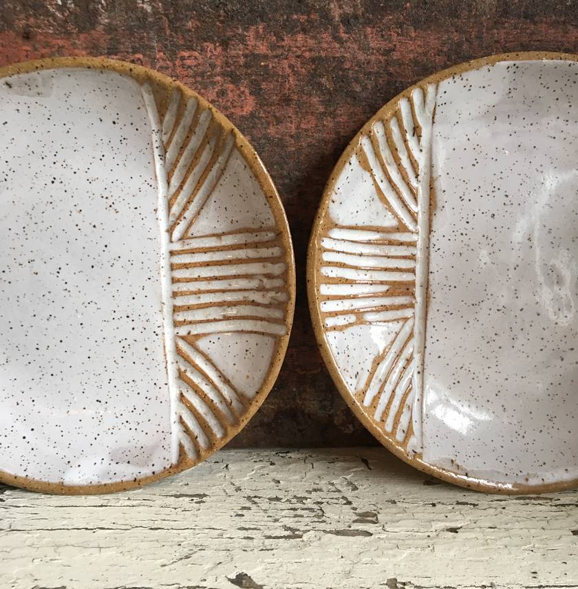 Ceramic carved speckled plate