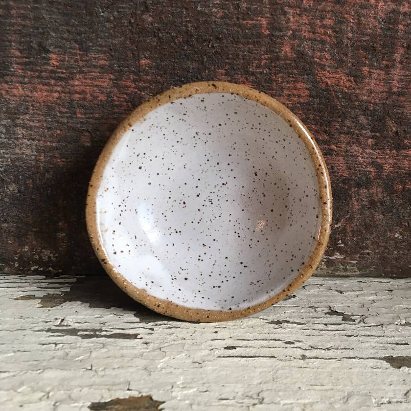Ceramic speckled clay dish