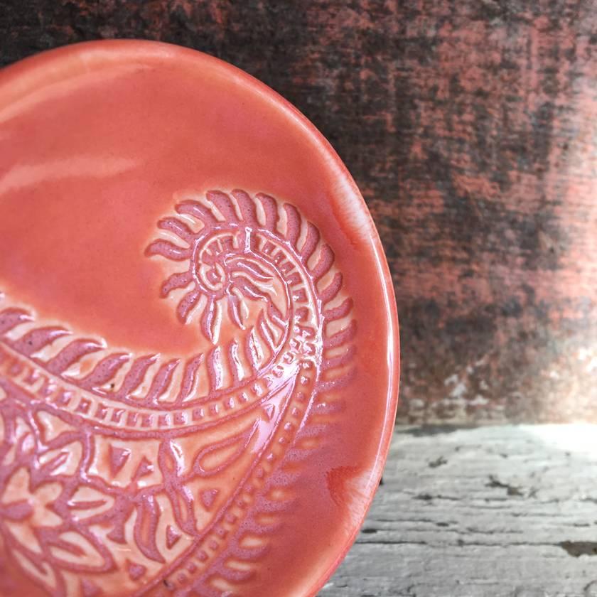 Ceramic coral paisley dish