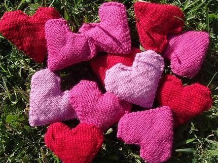 Love Hearts (PDF knitting pattern) Felt