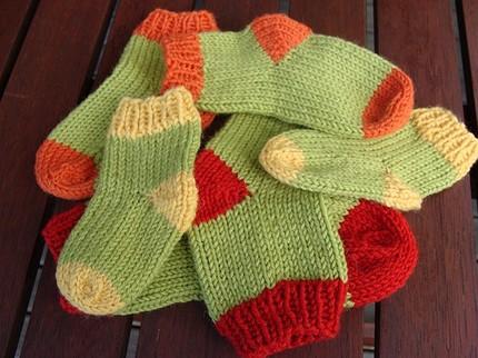 Pitter Patter Socks (PDF knitting pattern) Felt
