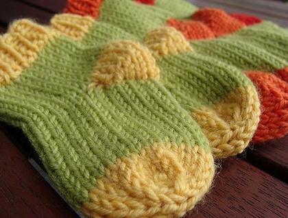 Sock Knitting Pattern Generator : Pitter Patter Socks (PDF knitting pattern) Felt