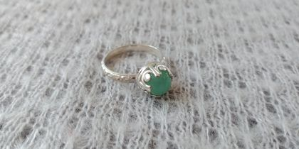 Beautiful faceted chalcedony and sterling silver ring