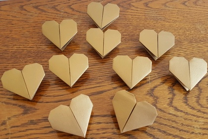 Set of 10 Origami hearts- Gold shimmer