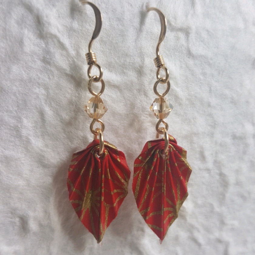 How to Make Japanese Origami Leaf Earrings? - Instructables | 840x840