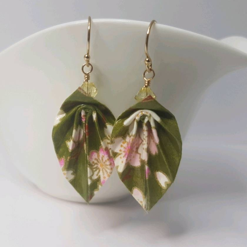 Origami leaf earrings - Sakura