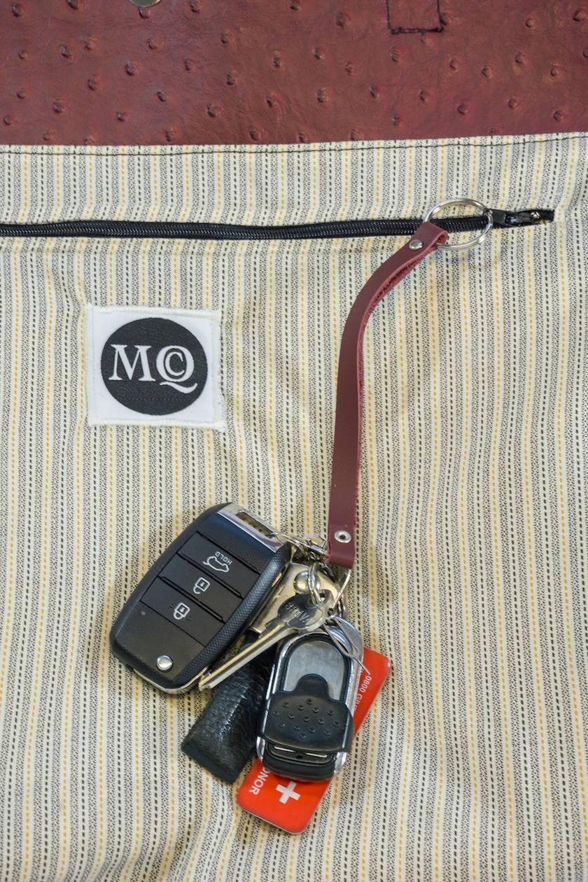 leather handbag keyholder