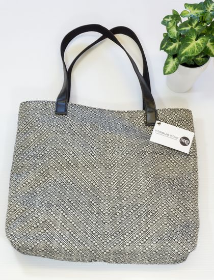 Belle carry-all tote