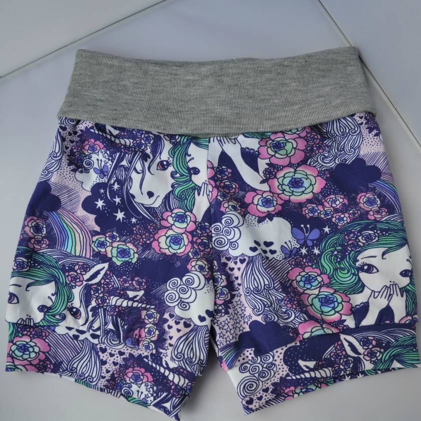 Cuff Shorts Purple Unicorn, Girl Print Size 5/6 YEARS