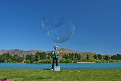 GIANT BUBBLES! NZ Handmade Bubbleosity Bubble Mixture Concentrate