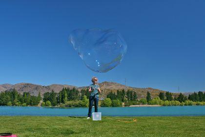 GIANT BUBBLES! NZ Handmade Giant Bubble On Kit