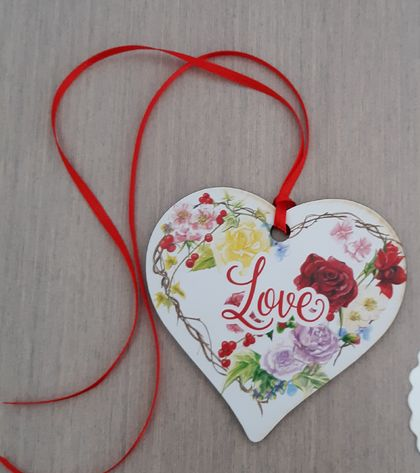 "Wooden Heat Keepsake ""Love"""