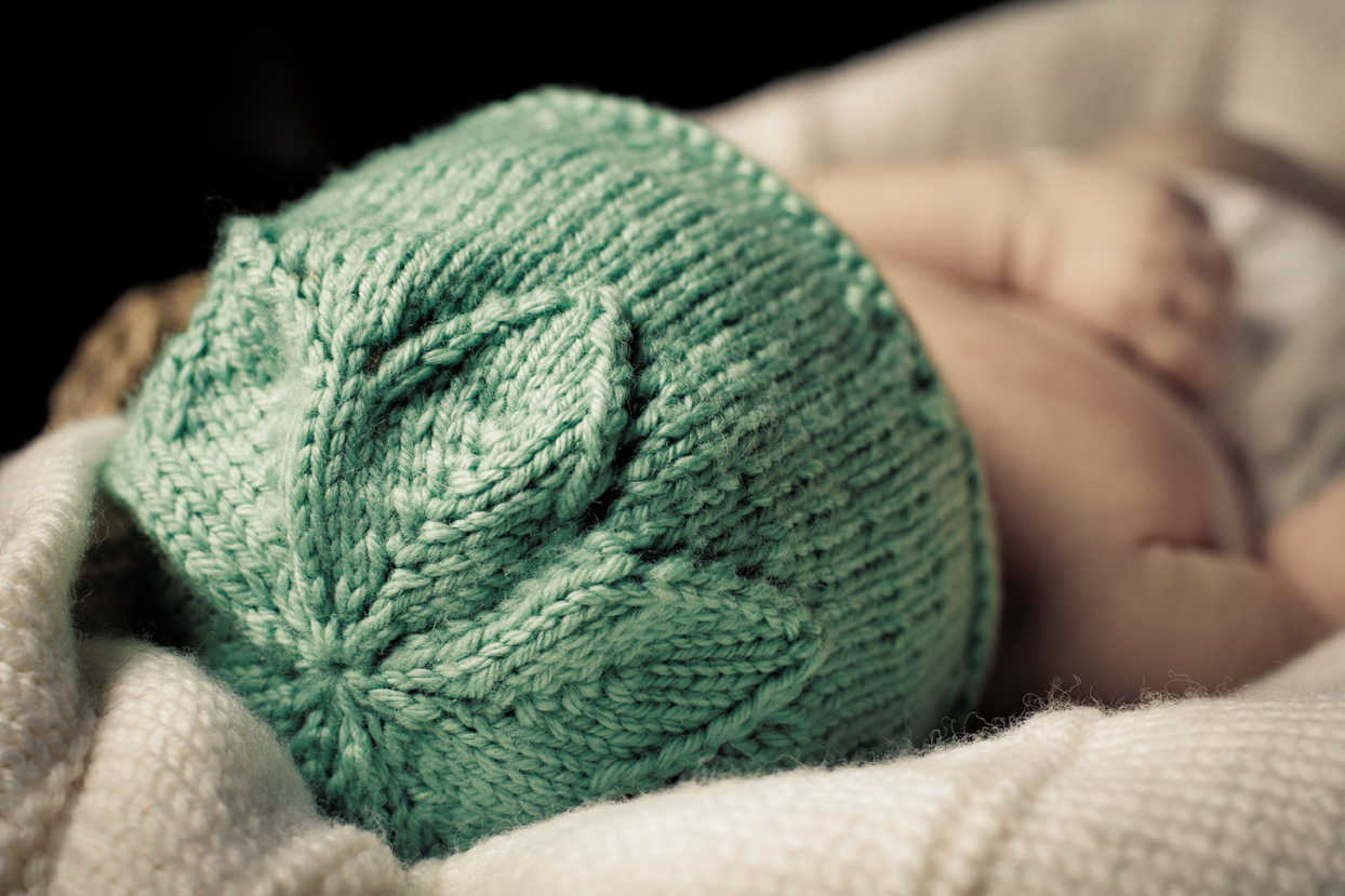 Knitting Patterns For Babies Nz : Star Flower Hat - Baby Cakes by Little Cupcakes - Knitting Pattern - Bc31 Felt