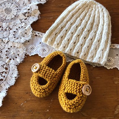 Bc77 Princess Nova Beanie and Shoes