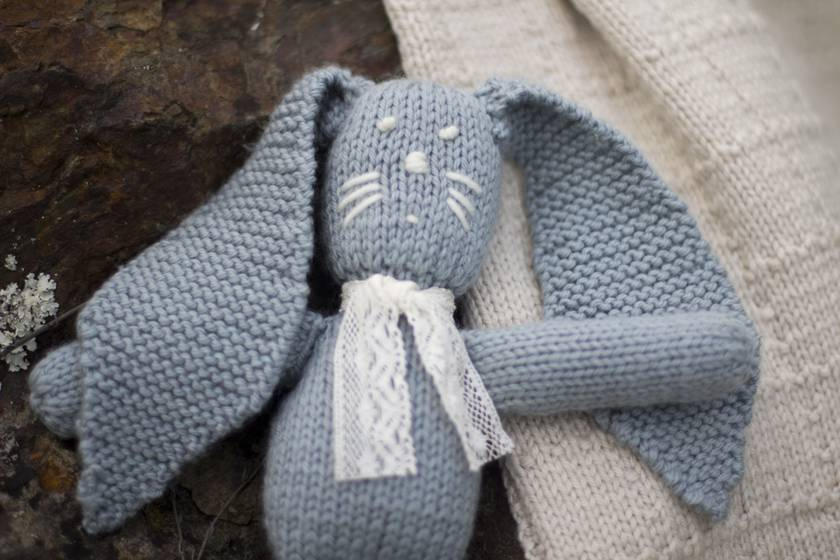Baby Rabbit Pattern - Baby Cakes by lisaFdesign