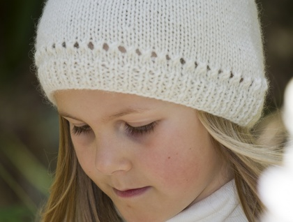 Girls Star Hat - Little Cupcakes by lisaFdesign