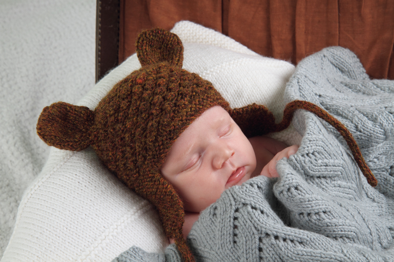 Knitted Bear Hat Pattern : Little Bear Hat - Baby Cakes by Little Cupcakes - Knitting Pattern - Bc22 Felt