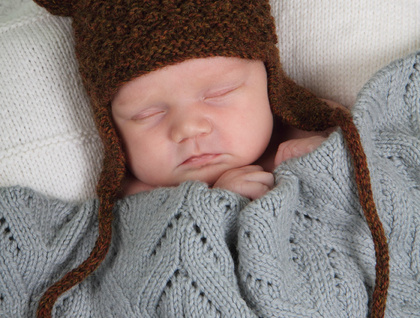 Little Bear Hat - Baby Cakes by lisaFdesign - Knitting Pattern - Bc23