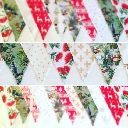 "BEAUTIFUL ""KIWIANA"" CHRISTMAS BUNTING - Pohutukawa, Beach Holiday or Native Birds"