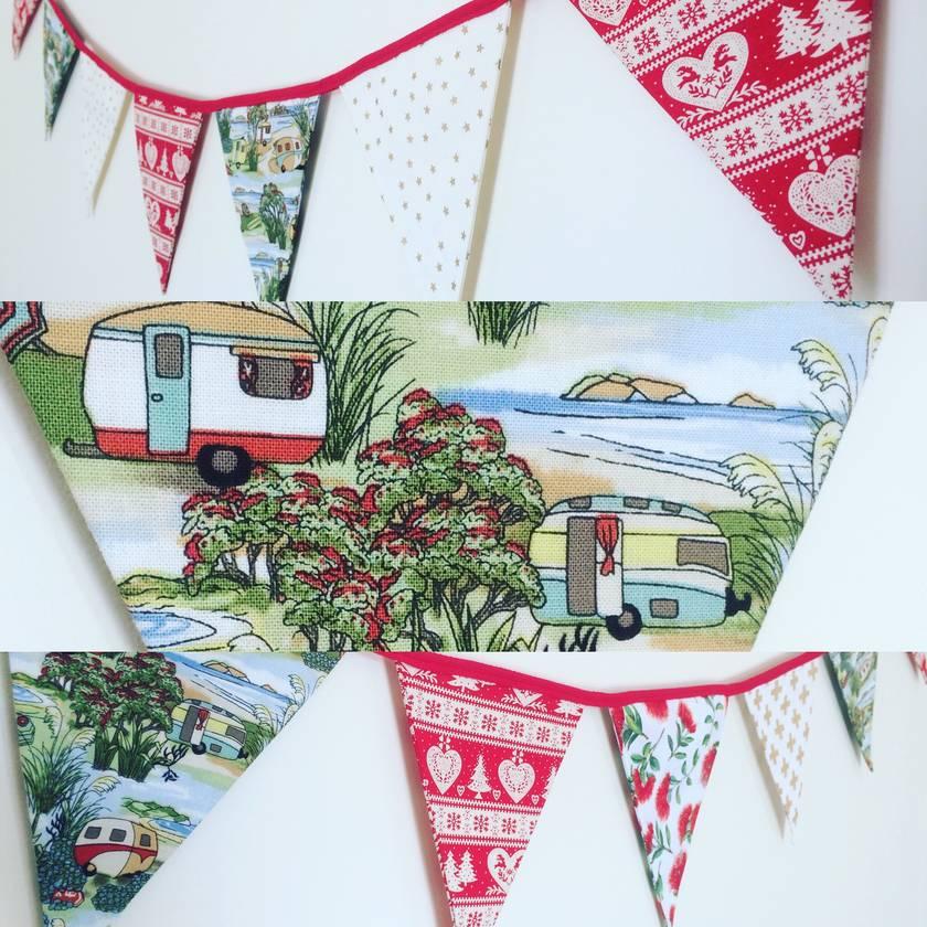 "BEAUTIFUL ""KIWIANA"" CHRISTMAS BUNTING - Pohutukawa, Beach Holiday or Native Birds"