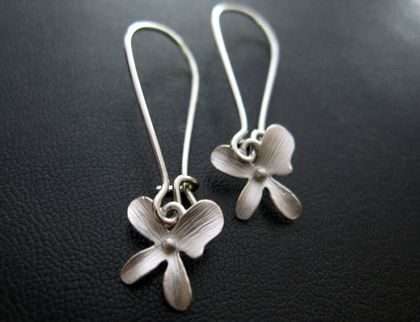 Tiny flower earrings felt for Gemsprouts tiny plant jewelry