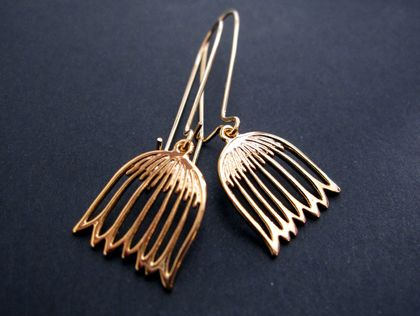 gold snowdrop earrings