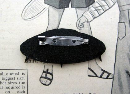 sale -take me to your leader - retro spaceship brooch